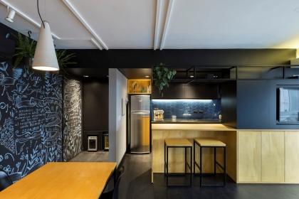 Căn hộ 64 m2 với phòng khách đẹp như quán cà phê