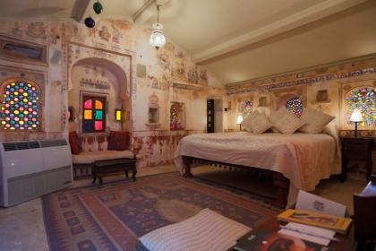9 khách sạn Ấn Độ lộng lẫy như cung điện hoàng gia