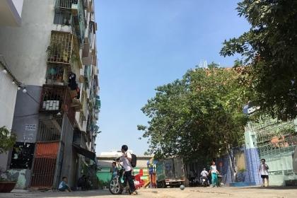Ông Đoàn Ngọc Hải yêu cầu di dời khẩn dân sống trong chung cư nghiêng