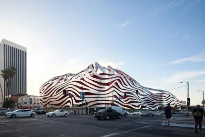 Bảo tàng Ô tô kỳ quái ở Los Angeles