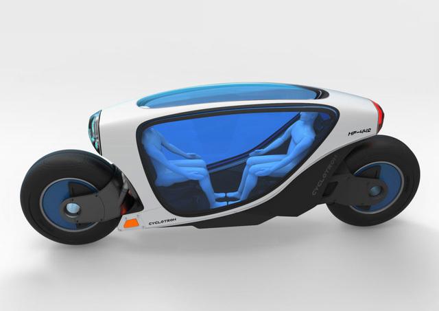 Xe máy tự lái, chạy không bao giờ ngã: Ai dám đi trên phố Hà Nội