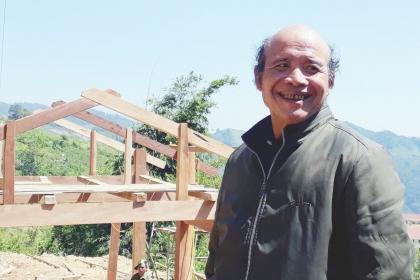 Người Xê Đăng xây nhà hàng tỷ đồng, mua ôtô trả bằng sâm Ngọc Linh