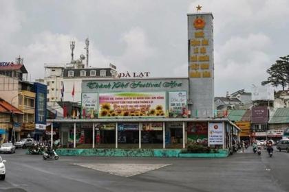 Phá bỏ rạp Hòa Bình, Dinh tỉnh trưởng để xây khu trung tâm Đà Lạt