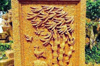 Tứ quý hiện hình trên khối đá cổ ngàn năm trong vườn đại gia Quảng Ninh
