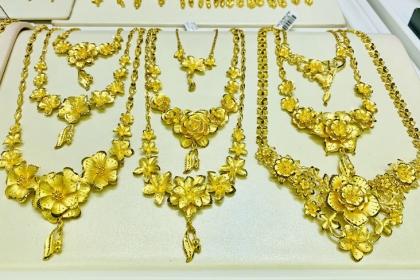 Giá vàng hôm nay 26/3: Tín hiệu 10 năm có 1, vàng tăng vọt