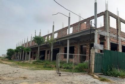 """Quảng Bình: Bệnh viện đa khoa chất lượng cao """"nghìn tỷ"""" dang dở vì xây mãi không xong"""