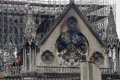 Quỹ đóng góp phục dựng nhà thờ Đức Bà Paris lên tới 1 tỷ euro