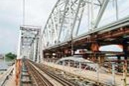 Cầu đường sắt Bình Lợi mới lại trễ hẹn