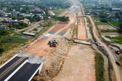VEC đề nghị sớm bàn giao toàn bộ mặt bằng cao tốc Bến Lức - Long Thành