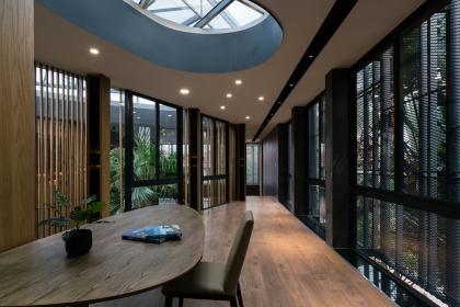 Villa 911 cảm hứng từ Villa Savoye giữa lòng Sài Gòn
