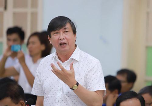 Ông Tiếng cho rằng thành phố nên dừng triển khai dự án lấn sông Hàn. Ảnh: Nguyễn Đông.