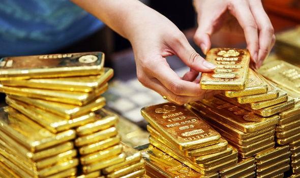 Giá vàng hôm nay 19/5: Xuống mức thấp nhất 2 tuần - Ảnh 1.