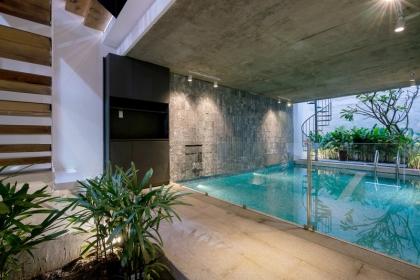 Bể bơi trong nhà ống Sài Gòn chỉ rộng 70m2