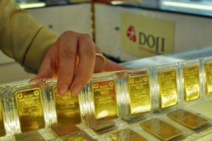 Giá vàng hôm nay 21/5: Dấu ấn Donald Trump, vàng xuống đáy