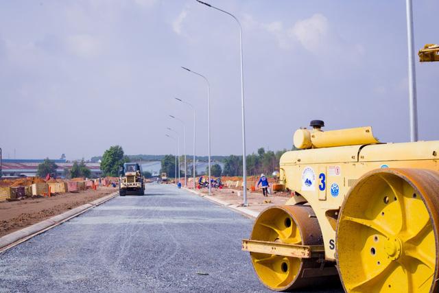 Hàng loạt dự án đất nền được chào bán tại Bình Dương (nguồn: http://tanphuockhanhvillage.vn/)