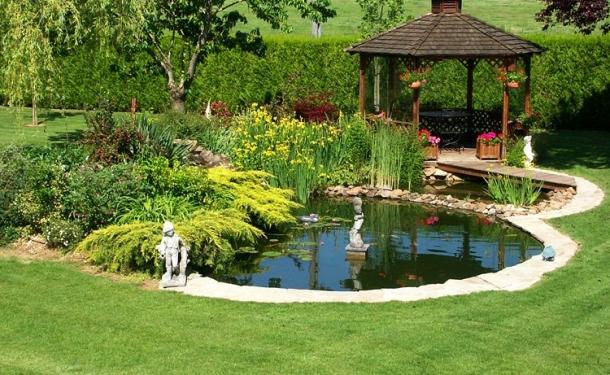 """""""Tuyệt chiêu"""" thiết kế sân vườn xanh mát tránh nóng"""