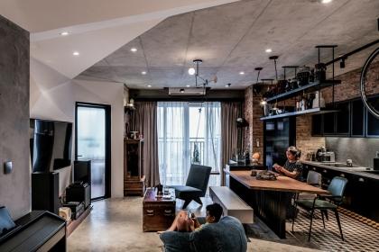 Căn hộ 'hầm hố' trong chung cư cao cấp Sài Gòn