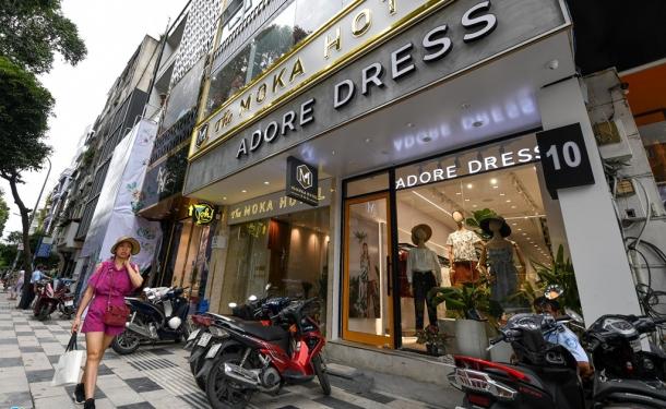 Ngã 6 Phù Đổng ở Sài Gòn có gì để các thương hiệu ồ ạt đổ về