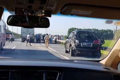 Tài xế Lexus tứ quý 8 tử vong: CSGT có nên xử lý vi phạm trên cao tốc?