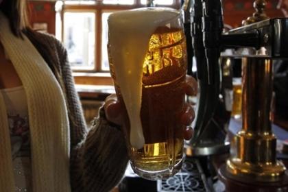 Bộ Y tế đề xuất cấm bán rượu bia trên mạng Internet