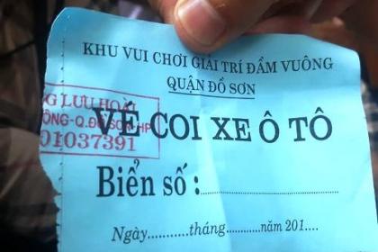 Hội chọi trâu Đồ Sơn thu phí giữ xe giá 'cắt cổ'