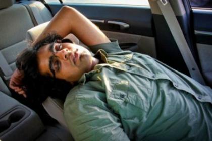 Vì sao ngủ trong ôtô dễ chết người