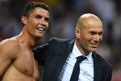 Zidane và Ronaldo cùng về MU, Real đàm phán gấp Hazard