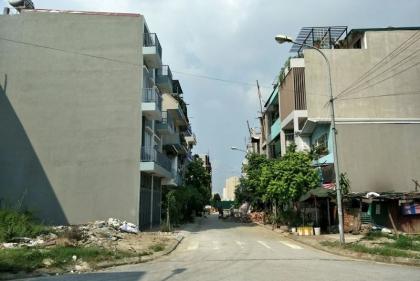 """UBND quận Hà Đông """"phản hồi"""" thông tin kết quả kiểm tra Điểm tiểu thủ công nghiệp làng nghề dệt lụa Vạn Phúc"""