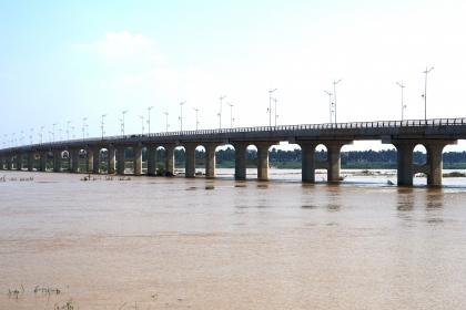 Cầu gần 650 tỷ đồng qua sông Trà Khúc sắp hoàn thành