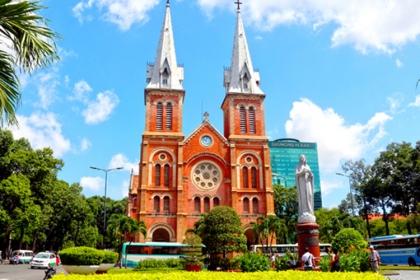 300 tài liệu về dấu ấn kiến trúc Pháp ở Sài Gòn được trưng bày