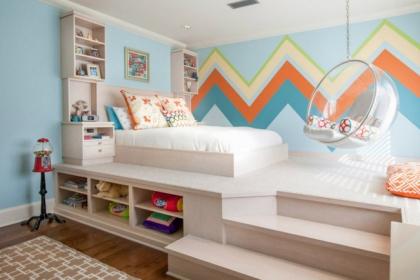 """Thiết kế giường giật cấp giúp phòng ngủ nhỏ vừa rộng hơn lại vừa đẹp """"miễn chê"""""""