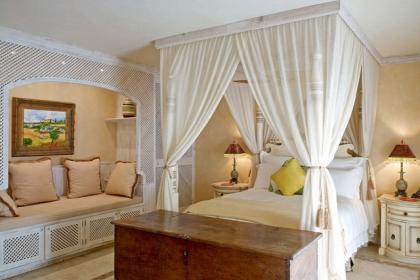 13 phòng ngủ đẹp không thể rời mắt nhờ món đồ mà nhà ai cũng có