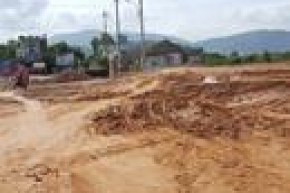 Làm đường dở dang, dân khốn khổ tại Quy Nhơn