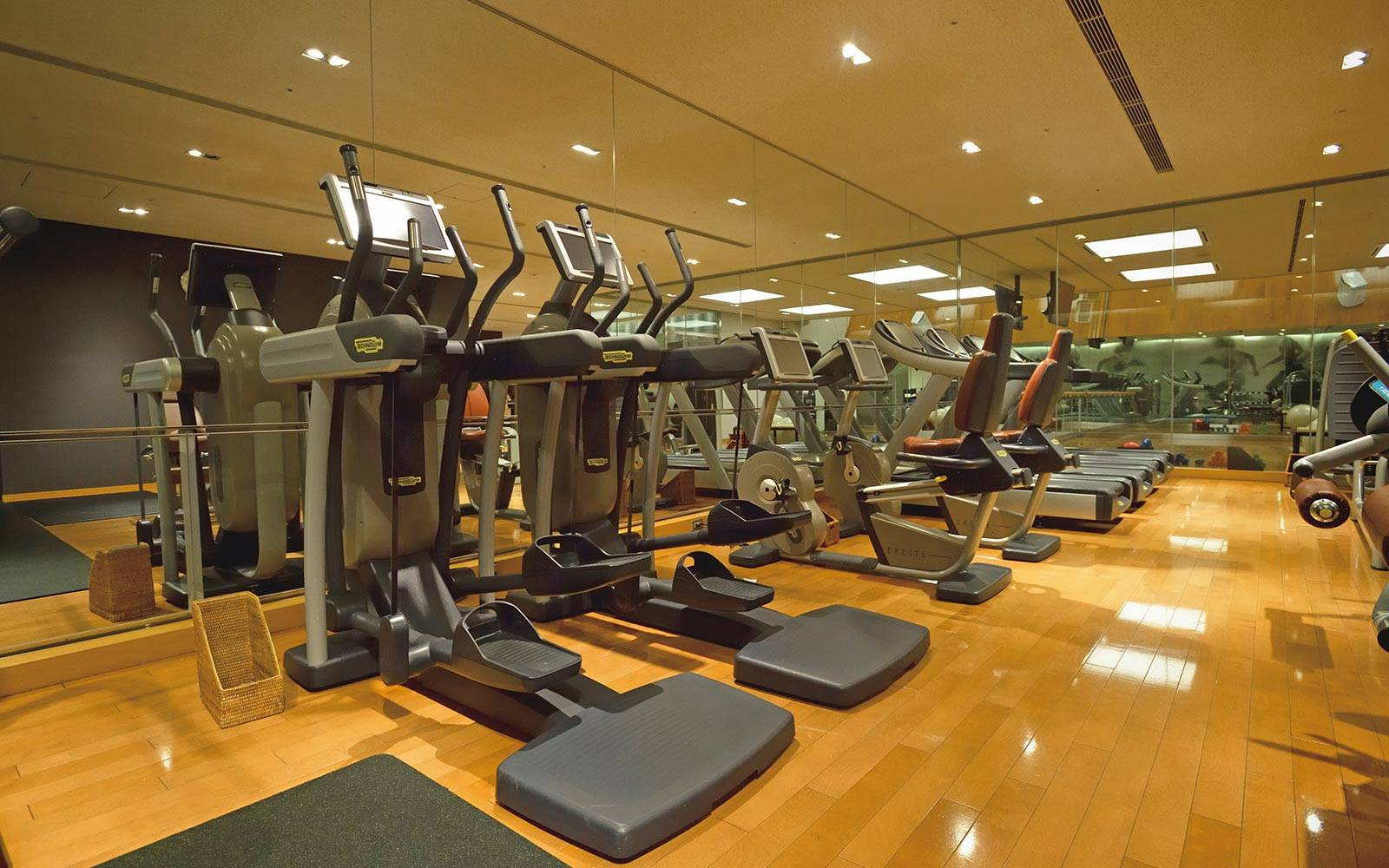 Fitness-Gym-toky-tower
